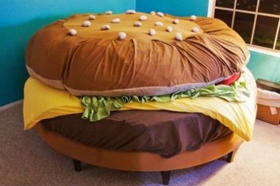 cool_hamburger_bed.jpg