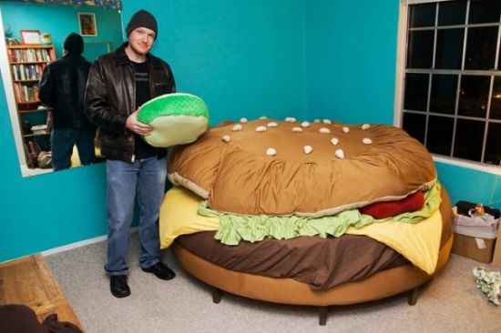 cozy_hamburger_bed.jpg