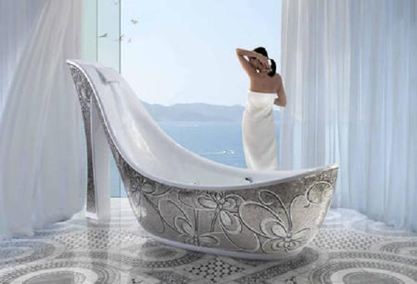 Shoe-Shaped-Bathtub