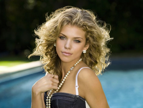 AnnaLynne McCord from tv show 90210